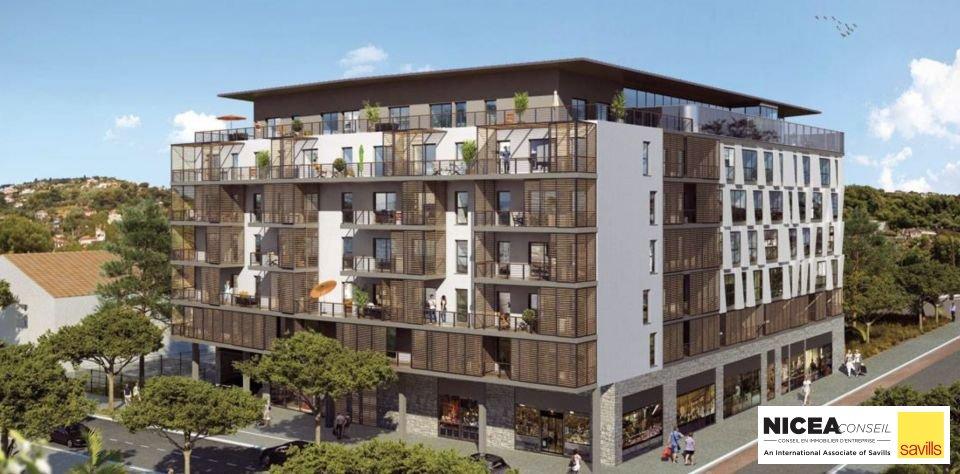 LOCAL COMMERCIAL à Louer à NICE (06) à 275 000 Euros  / an